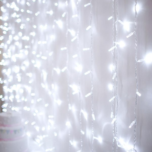 WC_wedding-backdrop-curtain-light-cool-white